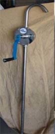 """HAND OPERATED BARREL PUMP ROTARY TYPE HAND OPERATED BARREL PUMPS: - MODEL:- RHB SS-1 Outer Diameter :- 40 mm, All wetted parts inSS 316&PTFE. Also offer pump inpp material. Suitablefor 50to210liter drum. Outlet size 1"""". Tube lengthis 990 mm (differentlengthavailable as option ). Delivers5liter per 20turns. Suitablefor anytypeof oil,chemicals,solvents,acids etc… In Built Filters"""