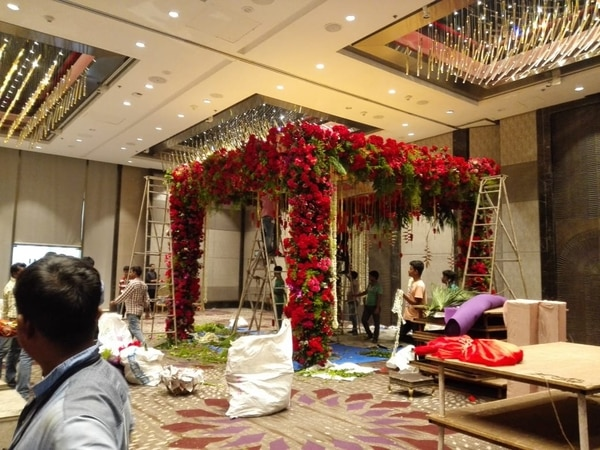Mandap Flower Decoration