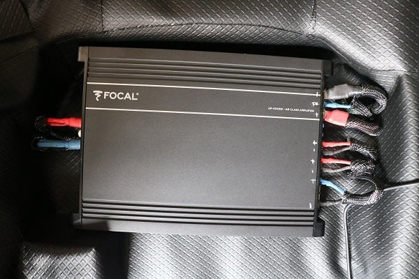 Fitted focal 4ch amp