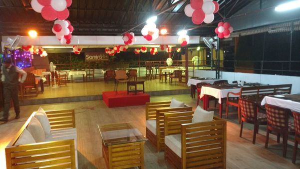 HOTEL WITH TERRACE GARDEN RESTAURANTPOONKAVANAM the roof garden restaurant is the right place                      for meetings, B'Days parties, get together, etc......