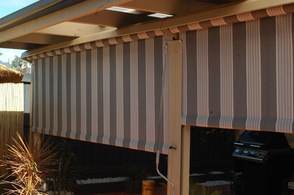 Vertical Awnings in Madur