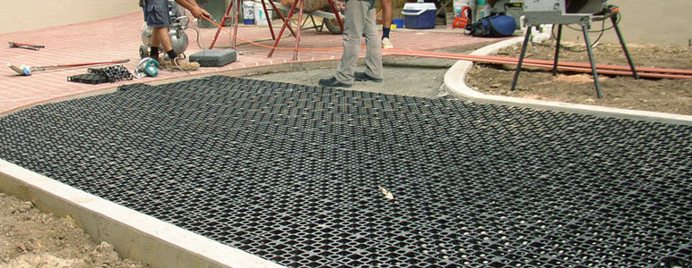 Drainage cell manufacture