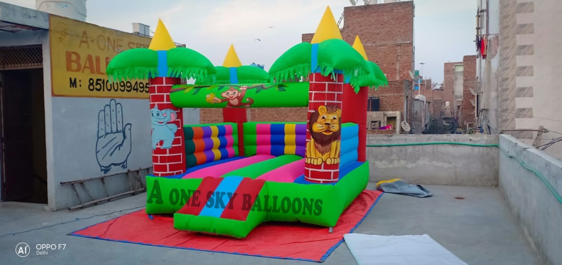 bouncy castle manufacturer Noi