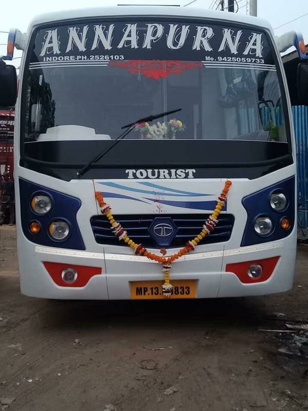 Ac bus hire  35 seater ac bus