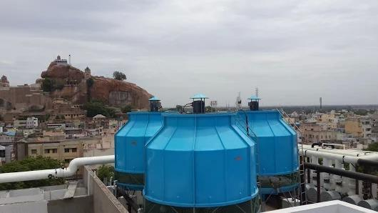 Forced Draft Cooling Tower Rakshan Cooling tower is one amongst our leading range of crossflow industrial cooling towers. This field-erected, induced-draft crossflow cooling solution represents the pinnacle of robust and reliable industrial process cooling