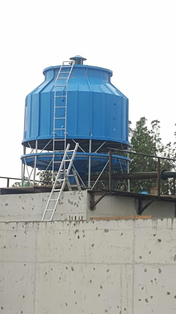 RKASHAN EQUIPMENTS #200 TR FRP Model Cooling Tower For Injection Moulding Machine