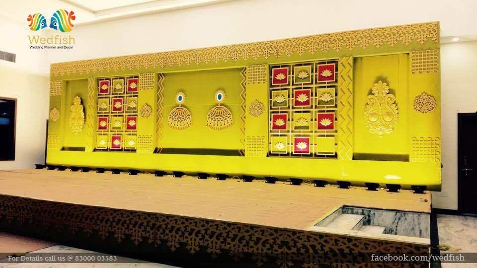 Wedding Backdrop Decorator  We