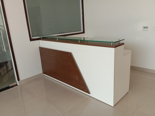 Recepation table in farid