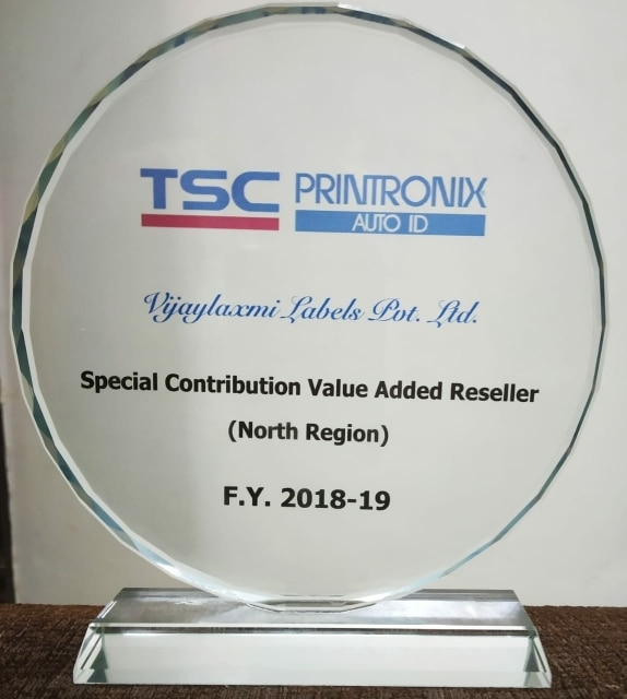 Thanks TSC/PRINTRONIX AUTO ID for this award 🙏-Best Value Added Reseller(North Region)-2018-19 for Promoting TE210/310  today at Crown Palza, N.Delhi