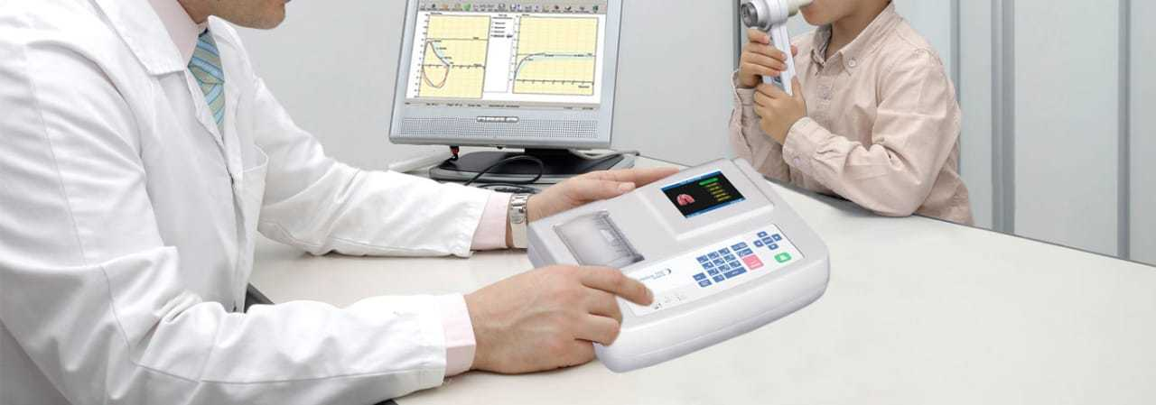 Portable PFT Machine On Rent For CampPFT Machine is used for Pulmonology Function Test.Spirometer Available for Preventive Health Check-up Camp For Asthma And COPD