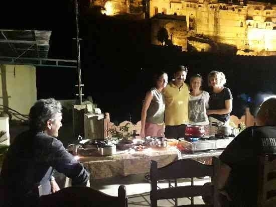 Cooking classes with view of B