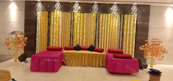 Caterer in Noida We r arranged