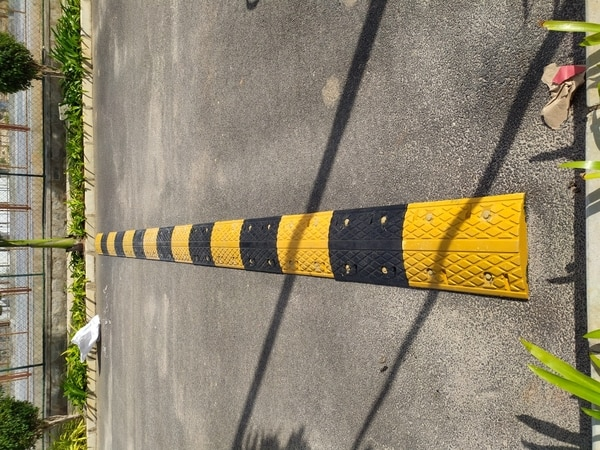 Rubber Speed Breaker Suppliers in Bangalore.Size:50mmHx350mmWx500mmLBearing capacity up to 20 tonswww.surakshasuppliers.inUsed areas Apartment, Mall, and commercial driveway and Roads.